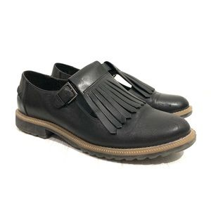 Clarks Somerset Griffin Mia Fringe Buckle Shoes